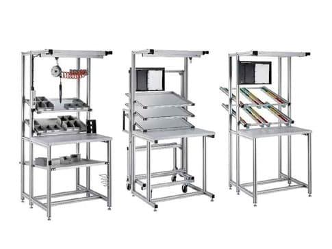 Imagen de tres equipos ergonómicos específicos para puestos de trabajo
